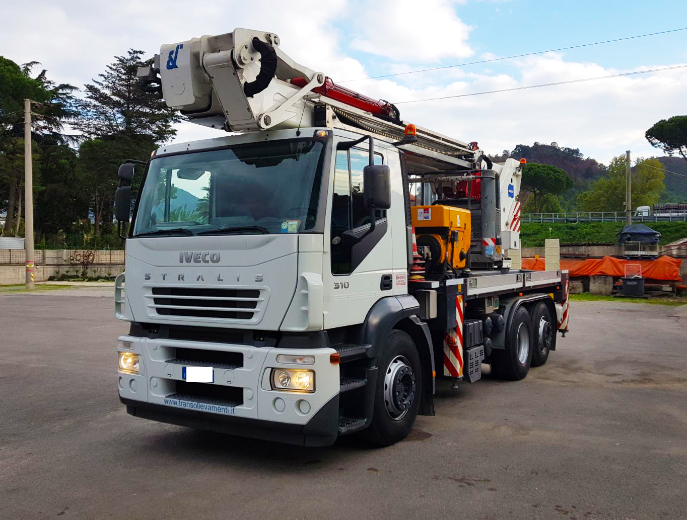 IVECO Stralis 310 a Camion oltre 7,5 Ton