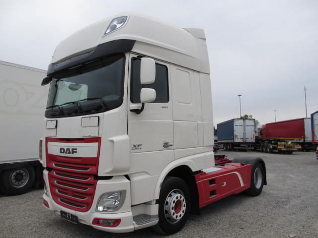 DAF XF 106.460 automatico intarder euro 6 a Camion oltre 7,5 Ton